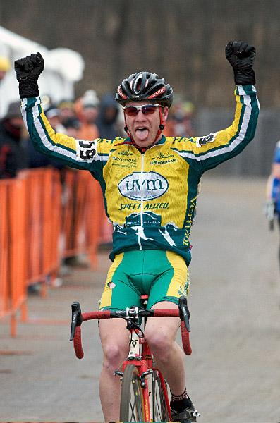 Will Dugan (UVM) wins the 2008 USAC Collegiate Division 1 Cyclocross Championships.