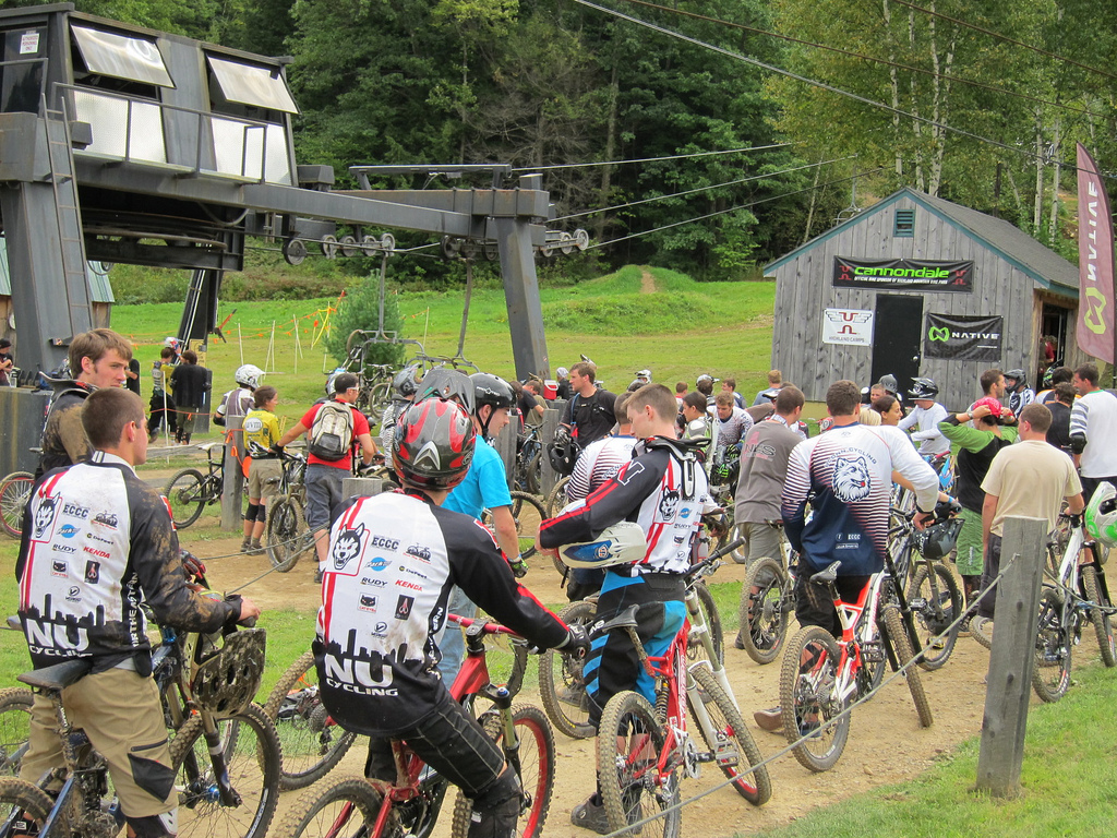 Men's A queues up for the lift to their DH race runs at the 2011 Northeastern Epic Season Kickoff @ Highland.